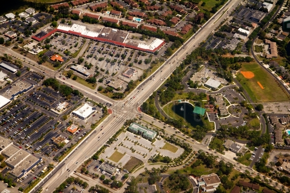 Highways and buildings in West Palm Beach