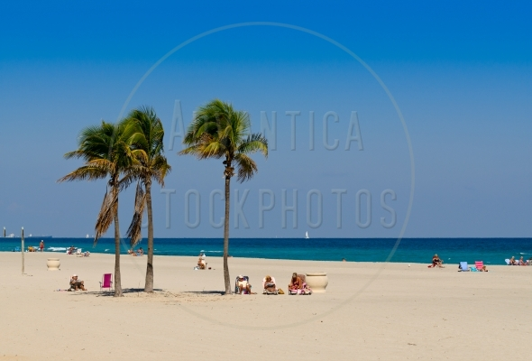 Tourists on Hollywood Beach in Florida
